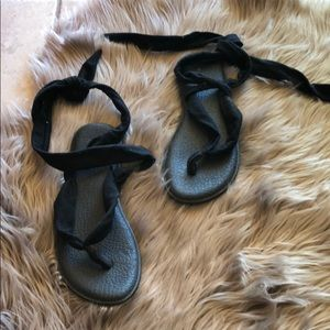 Sanuk yoga wrap sandals 10